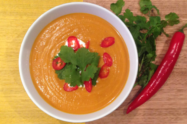 Thai spiced carrot and coconut soup